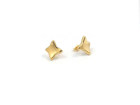 14kt Yellow Gold Star Like Studs
