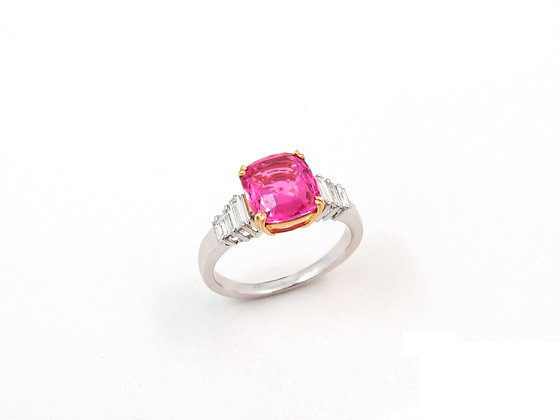 Platinum / 18kt Yellow Gold Pink Sapphire Ring