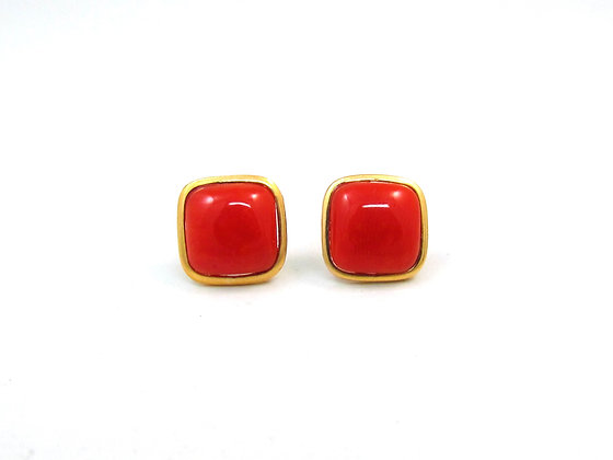 18kt Yellow Gold Red Coral Earring Studs