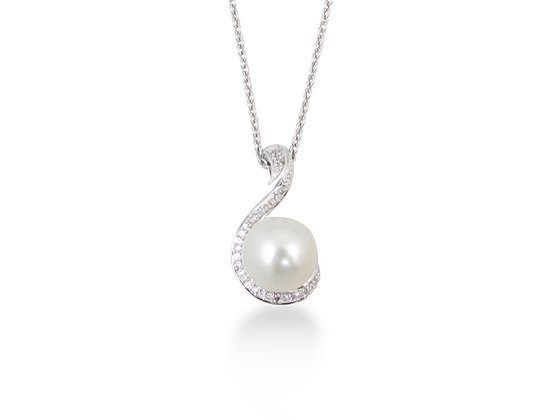 14kt White Gold South Sea Pearl and Diamond Pendant