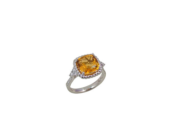18kt White Gold Citrine Quartz & Diamond Ring