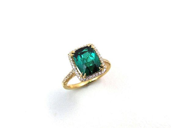 18kt Yellow Gold Tourmaline and Diamond Ring