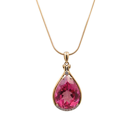 14kt Yellow Gold Pink Quartz & Diamond Pendant