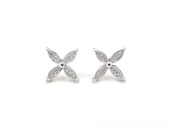 10kt White Gold Diamond Earrings
