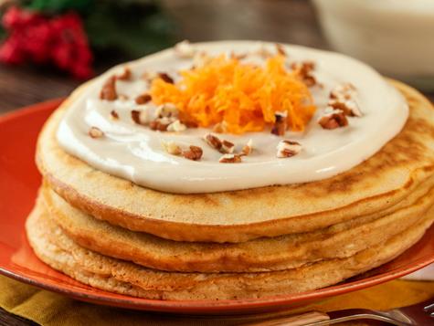 Prepara un desayuno especial con estos hotcakes de zanahoria