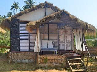 Jungle Beach Hut - Twin Shared