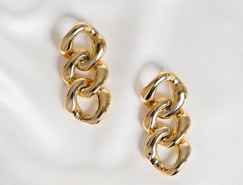 3 Curb Drops Earrings
