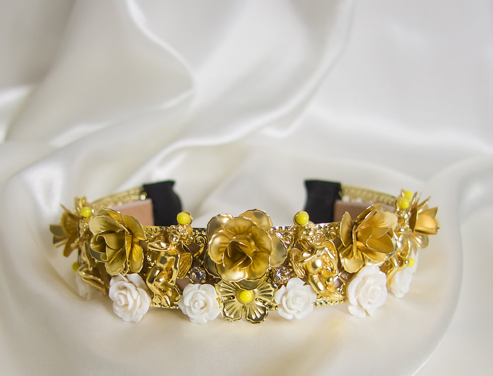 Remmy Floral Embellished Crown