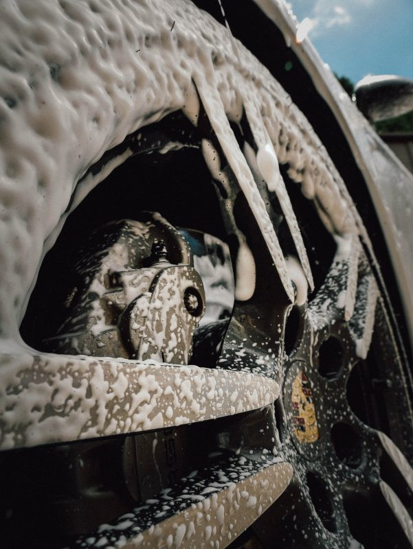 Snow Foam users get the benefits of removing the most possible road grime and dirt, before actually having to come in to contact with the vehicle.