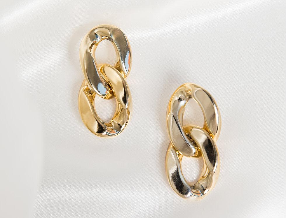 2 Curb Drops Earrings