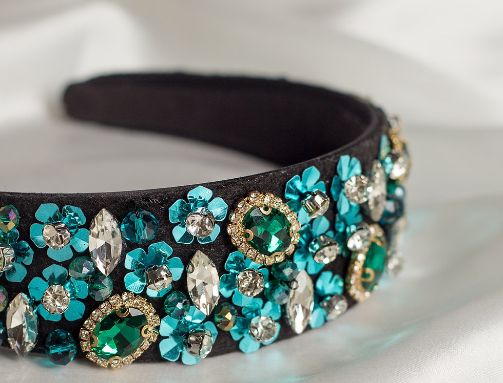 Siren Embellished Crown Headband In Green
