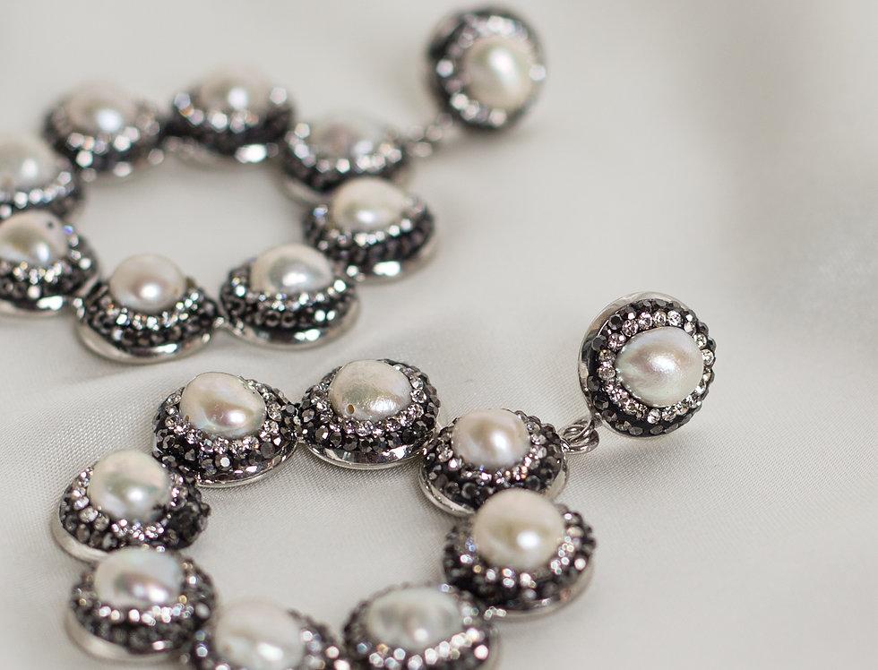Halo Ring Hoop Earrings in Pearl/Gunmetal