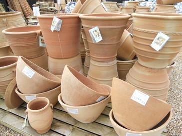 oakington pot stand.JPG