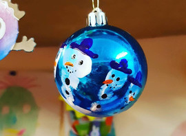 Don't forget we are making keepsake snowman handprint baubles during December here's one mad