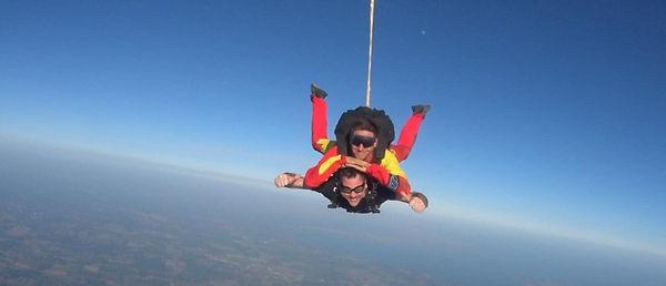 Ross Nunn skydiving