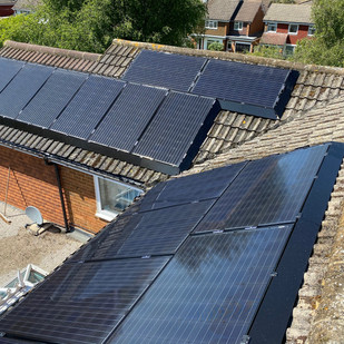 """Customer review - """"Good, efficient customer service and reliable. Tidy workers with polite manner. Job completed all on time with professional finish. Product is sturdy and the finish looks good. Plus will stop the pigeons nesting underneath solar panels and hanging around my roof space all day! Great job - thank you!"""""""