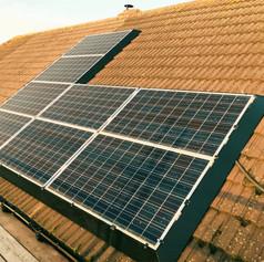 Solar skirt on silver framed panels