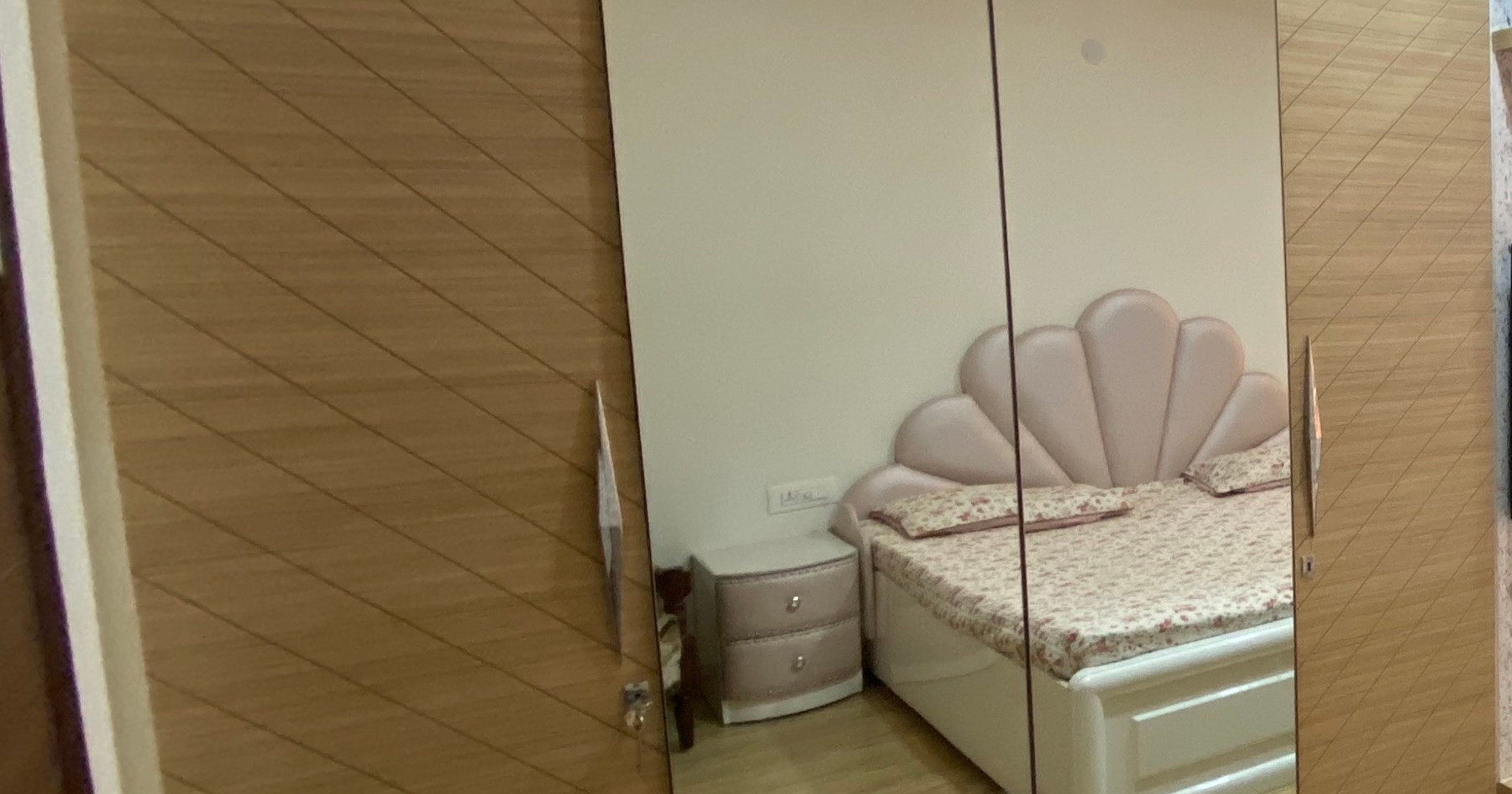 Room wardobe