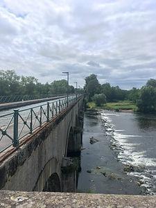 Backpacking.cz: EV6 - vodní kanál přes řeku u Digoin