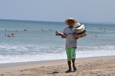 Prodejce na Kuta Beach Bali