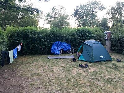 Backpacking.cz - EV6: Camping de la Confluence