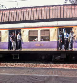 Příměstský vlak, Mumbai