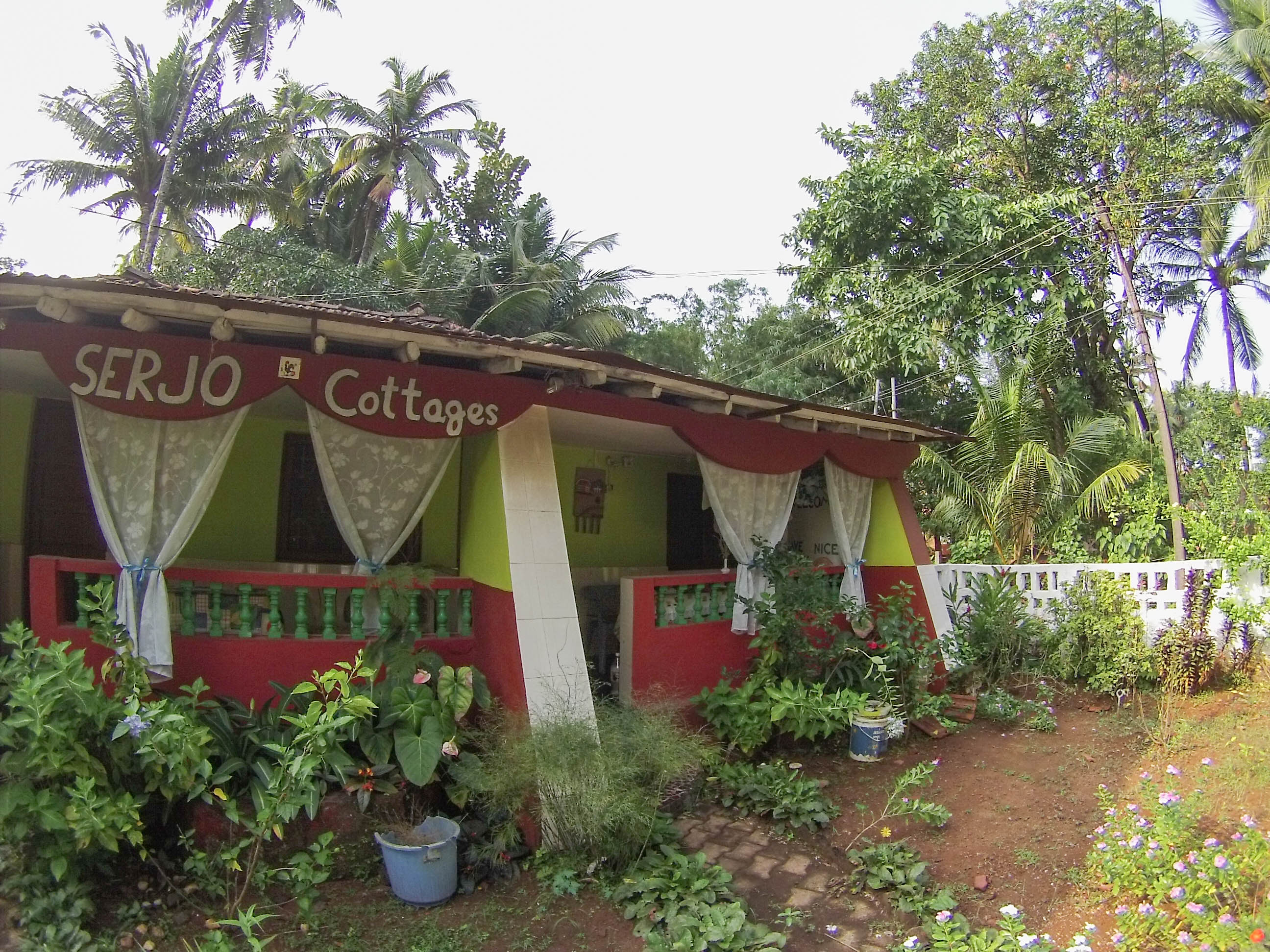 Serjo Cottages in Colva