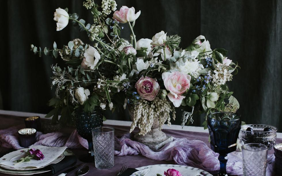 table-7-sullivan&sullivan-whidbey-floral
