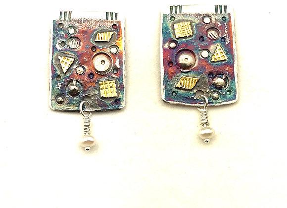 Brooke's Post earrings