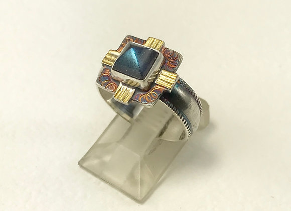 Labradorite Pyramid cut Ring