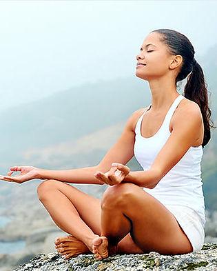 noia meditant COPIA retallada.jpg