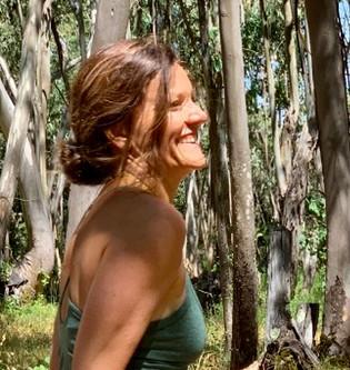Yoga & Bienestar simple: Entrevista con Ivana Nedelchev