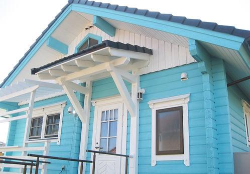 1 After キシラデコールコンゾラン塗装後の玄関 .jpg