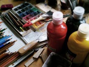 アートセラピーに使う画材って?美術画材のあれこれ