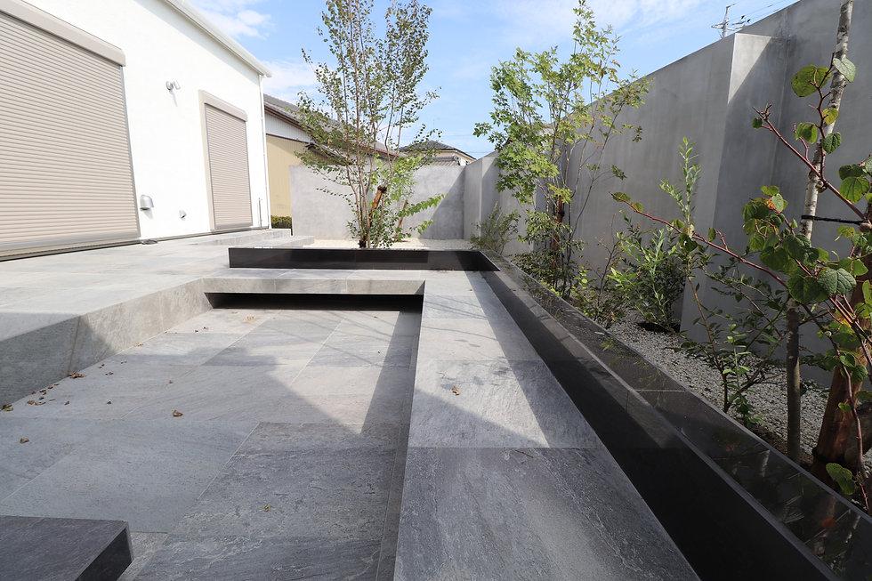 ホテルライクガ-デン|お庭