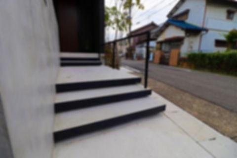 アプロ-チ 浮階段