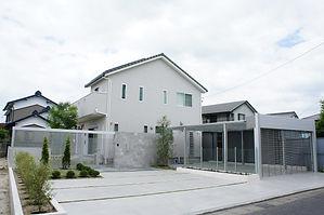 名古屋の住友不動産外構施工事例 小牧市でお庭のリフォ-ムならL.I.M(リム)