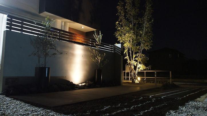 ライトアップが美しい一宮市のお庭施工事例