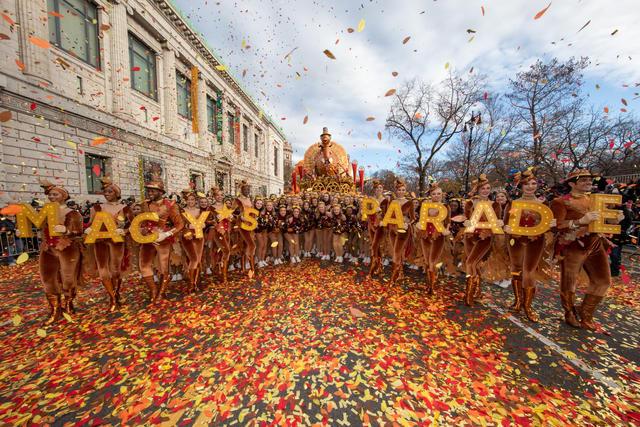 opening-macys-thanksgiving-day-parade.jpg