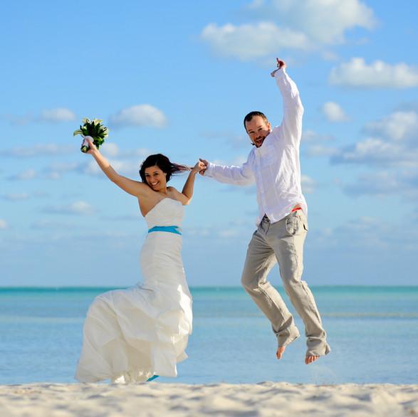 jump-smathers-beach-wedding.jpg