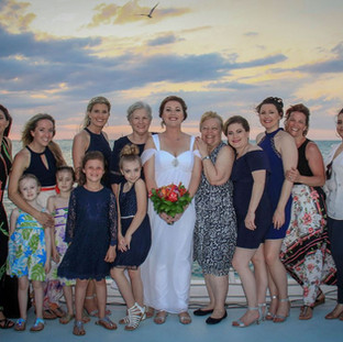 bridal party wedding photos