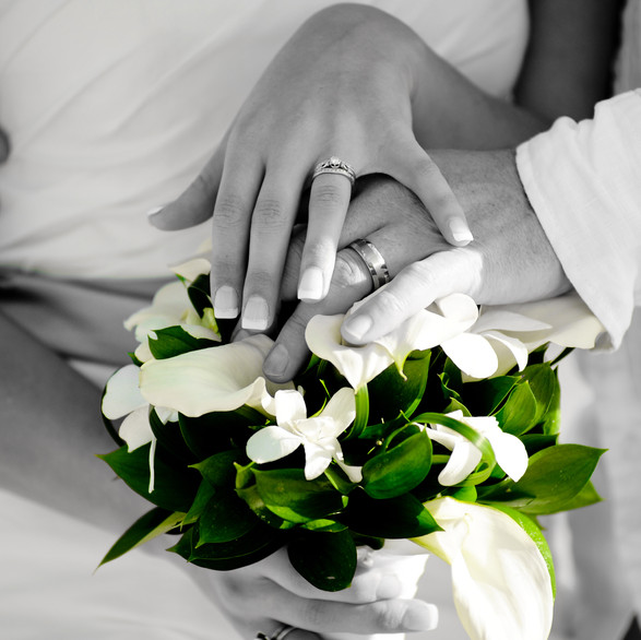 wedding-flower-with-rings-smathers-beach.jpg