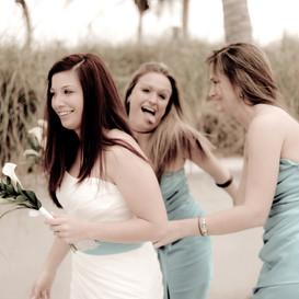 beach-wedding-funny-picture-key-west.jpg