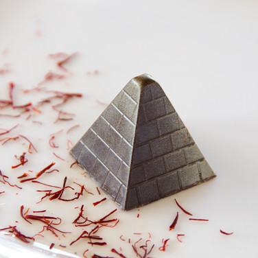 Chocolate Secrets CBS Commercial (Saffron Bonbon)