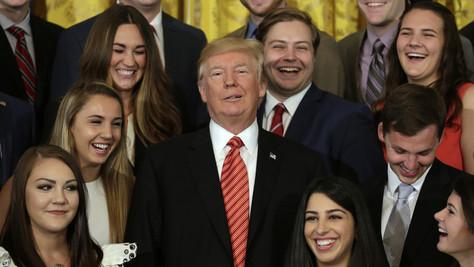 Trump, Racisme: trop de blancs à la Maison Blanche ?