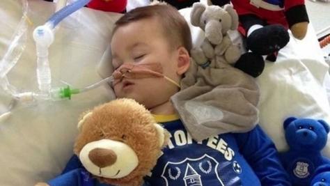 EUTHANASIE: mort du bébé Alfie Evans. Quand la justice est contre la vie.