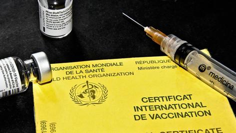 """Selon un sondage, près de la moitié des Américains sont pour le """"passeport vaccinal"""""""