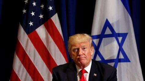 Donald Trump prêt à bombarder un site nucléaire en Iran, ses conseillers l'en dissuadent