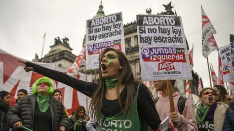 Avortement: l'Argentine dit NON. (article, vidéos)