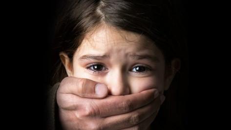 NOS ENFANTS SONT EN DANGER !